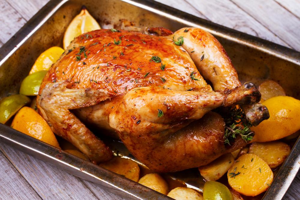 Como assar o frango inteiro